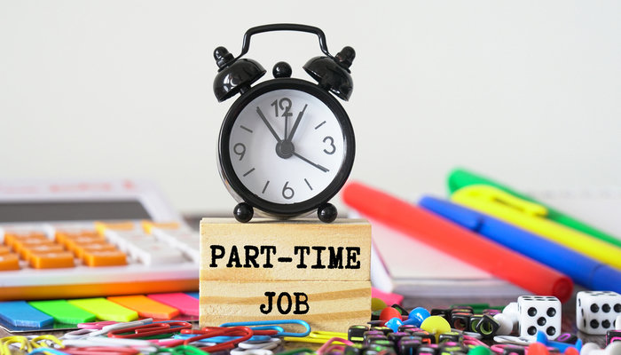 Are there any benefits to working a part-time job or remotely?